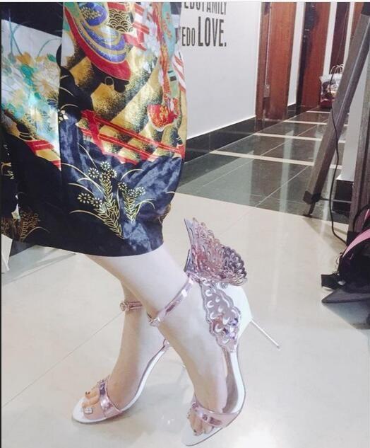 2019 صوفيا ويبستر إيفانجلين الجناح انخيل صندل بالاضافة الى حجم 42 والجلود المرأة الزفاف الوردي بريق أحذية فتاة مثير الفراشة الصنادل