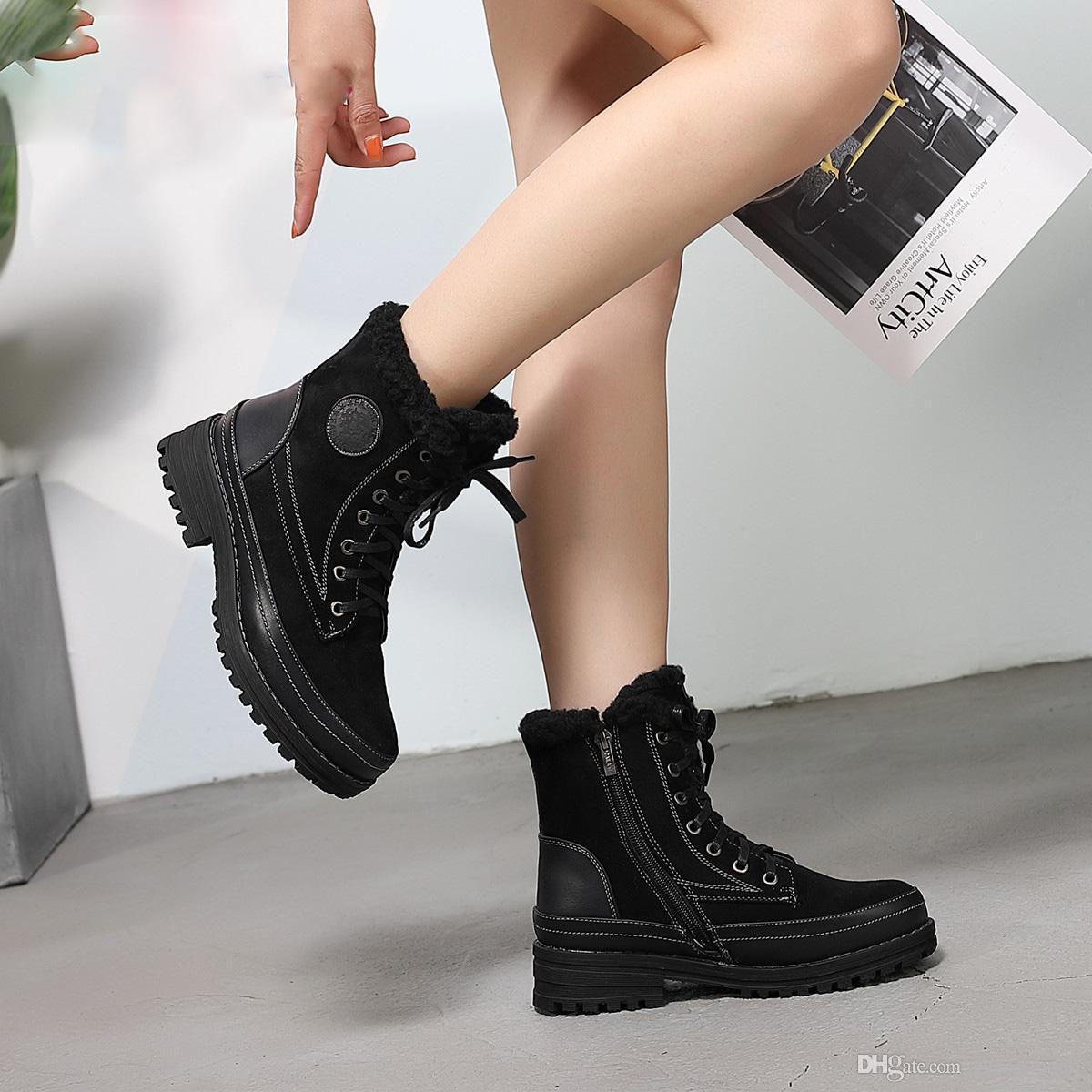 Klasik kadın yuvarlak ayak kış ayakkabı lace up sıcak peluş astarı platformu yürüyüş ayak bileği kar botları rahat