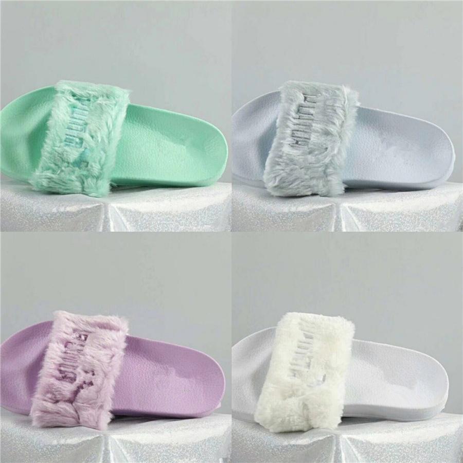 Chinelos Sexy Moda Womens Shoes 2020 Terno Feminino Bege Verão Salto raso Boca da bracelete All-Match Heeled Ladies # 748