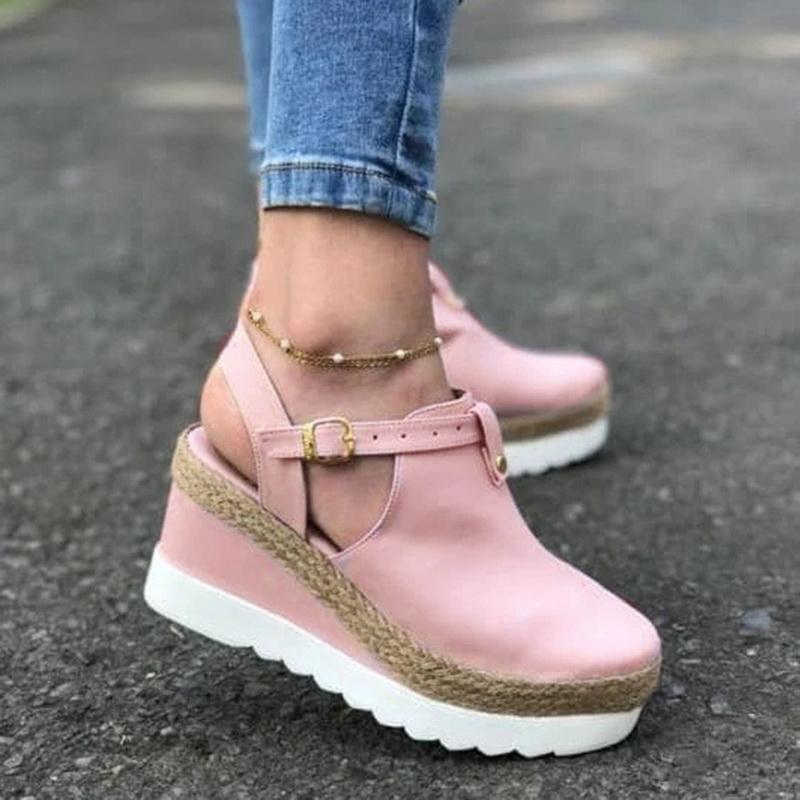 المرأة الأوتاد أحذية صيف جديد الصلبة اللون سميكة النساء القاع صنادل موضة عدم الانزلاق عارضة زائد الحجم أحذية براون
