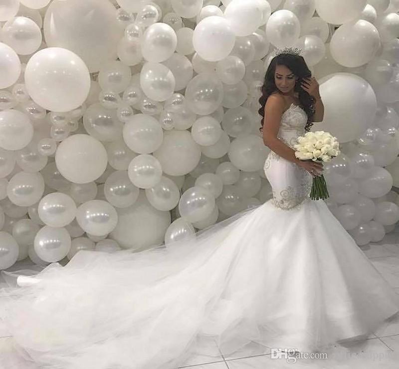 Árabes del Medio Oriente vestidos de boda de la sirena de 2020 Corte encaje Bordoneado Amor Tren de marfil Vestidos de novia de la vendimia