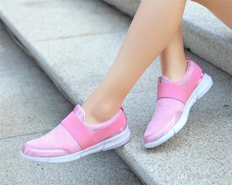 حار بيع البرية شبكة مصمم أزياء أحذية الثلاثي S حذاء رياضة اللباس الخفيف حذاء وردي أزرق أسود الفضة السيدات الاحذية