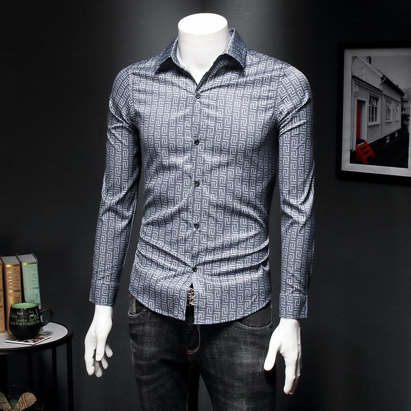 2020 весной и осенью мужчины рубашки с длинными рукавами прилив бренда ретро рисунок печати Тонкого дна рубашки социальной мужской Корейской рубашки