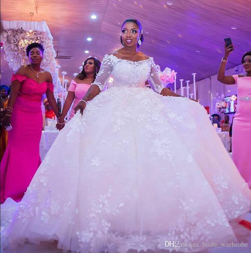 2018 neue elegante weg von der Schulter eine Linie Brautkleider Schatz Spitze appliziert Perlen 3/4 Ärmel afrikanische arabische Ball Brautkleider