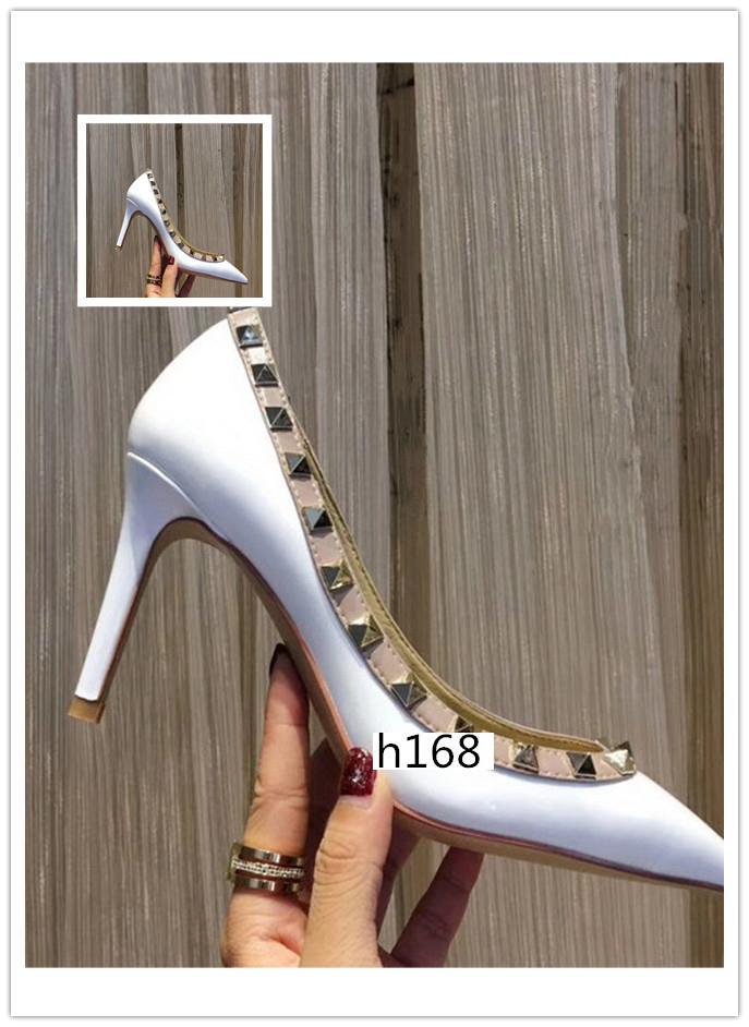 Miglior progettista di qualità A Punta borchie tacchi alti Rivetti In Pelle Sandali Scarpe da donna di San Valentino scarpe col tacco alto 8.5 cm