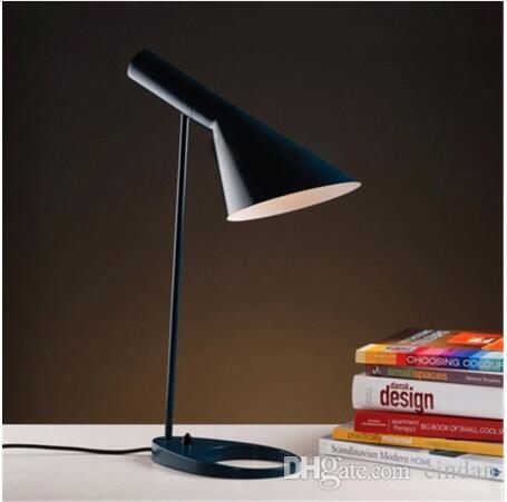 테이블 램프 색상 침실 옵션. 유럽 AJ 책상 램프 카페 통로 홀 읽기 조명 LED 전구 E27