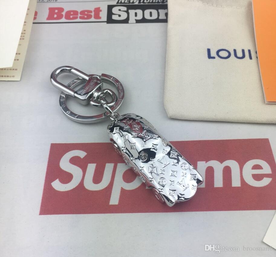 2020 الجديدة الفاخرة في سلسلة المفاتيح مفتاح حلقة المفاتيح حامل العلامة التجارية سلسلة مفتاح خنزير مربع بورت المفتاح الموسيقي هدية الرجال النساء التذكارات سيارة حقيبة قلادة