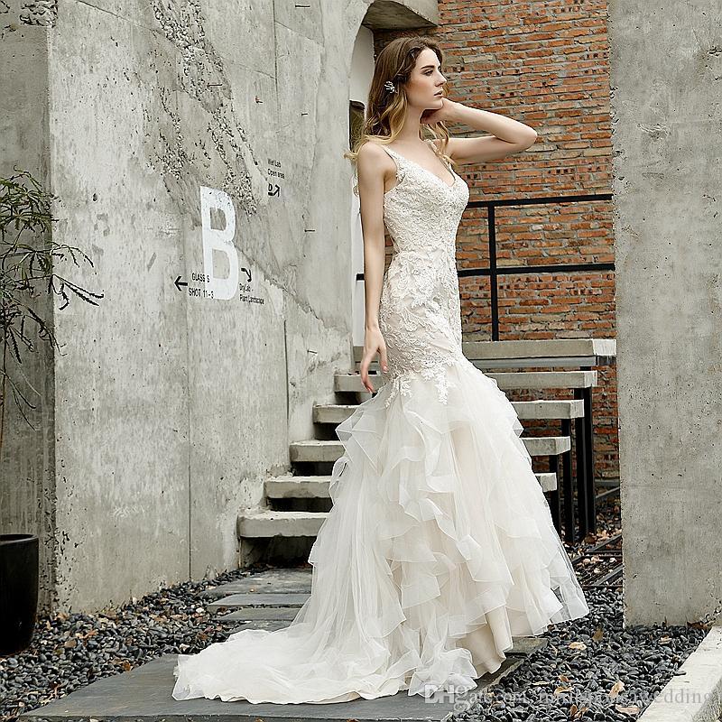 M48395 Sexy кружева Русалка свадебное платье аппликации оборками юбка низкий V назад современные свадебные платья voiles de mariage с развертки поезд