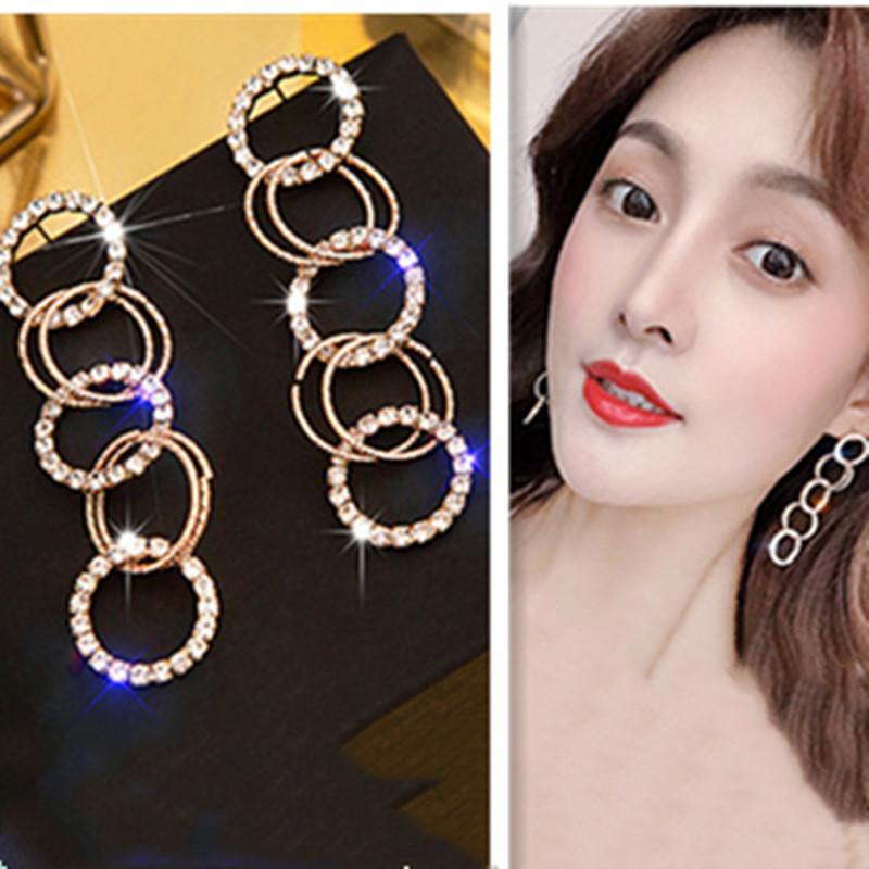 Kadınlar Düğün Gelin Uzun Altın Gümüş Renk Rhinestone Küpe Parti Takı gifte için Moda Çoklu Kristal Bırak Küpe