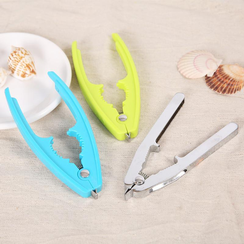 Multifunctional Clam Nut Opening Device Zinc Alloy Walnut Clam Clip Plastic Clam Opening Device Tableware Kitchen Tool Gadget VT0351