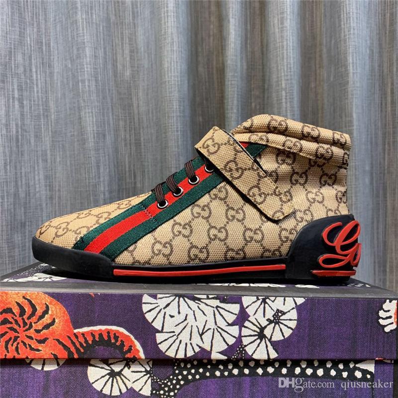 gucci shoes 2020 nueva venta de los hombres calientes de la marca de lujo Wome inferiores rojos para hombre de las zapatillas de deporte de los diseñadores G bajo plano ocasional