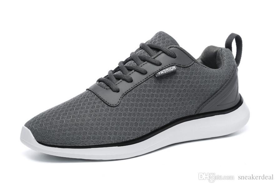 2020 neue Art und Weise Herren Schuhe Gummisohle Low Ober Antiskid Verschleißfest Ventilation Deodorant Freie Socken-Lace-up