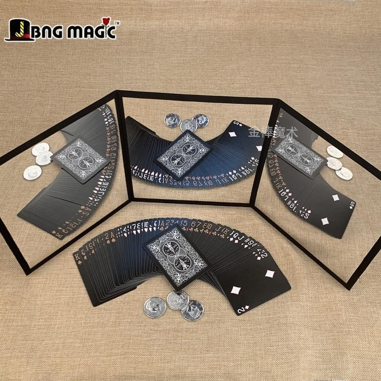 New product in April 2019 Three sides of the mirror Practice the poker coin technique A portable card pad Magic props accessories