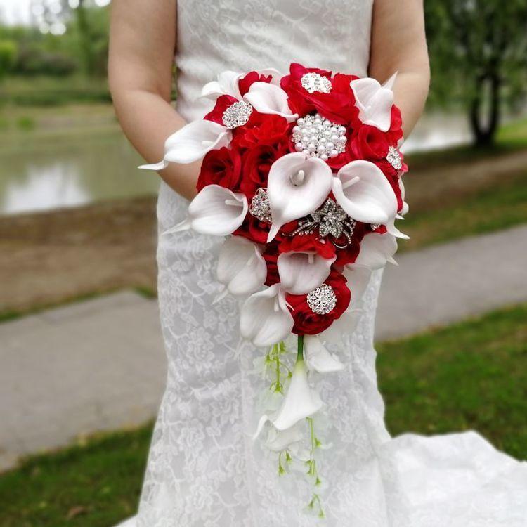 Wasserfall Hochzeit Blumen Weiße Calla Lilien Rote Rosen Seide Brautsträuße Künstliche Perlen Kristall Party Dekoration De Mariage