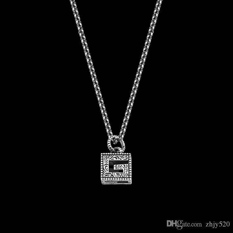 Новая площадь G Письмо в стиле ретро резной узор Мужского ожерелье Мужское и ожерелье женщин Длинного кулона