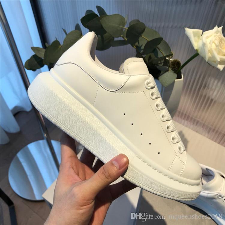 Diseño de lujo barato calzados informales para mujer para hombre Entrenadores de cuero zapatos de plataforma zapatos planos ocasionales del partido de la boda del ante de las zapatillas de deporte Deportes par
