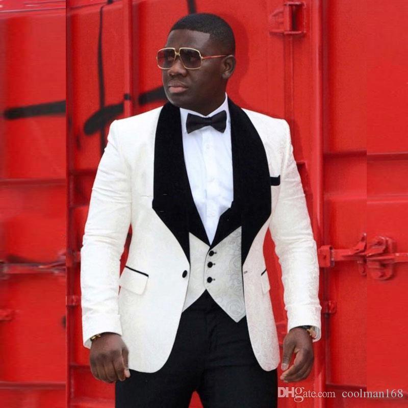 Новый слоновой кости жаккардовые жениха смокинги черный бархатный отворот мужская свадьба смокинги человек пиджак пиджак популярный костюм 3 шт (куртка + брюки + жилет + галстук) 6