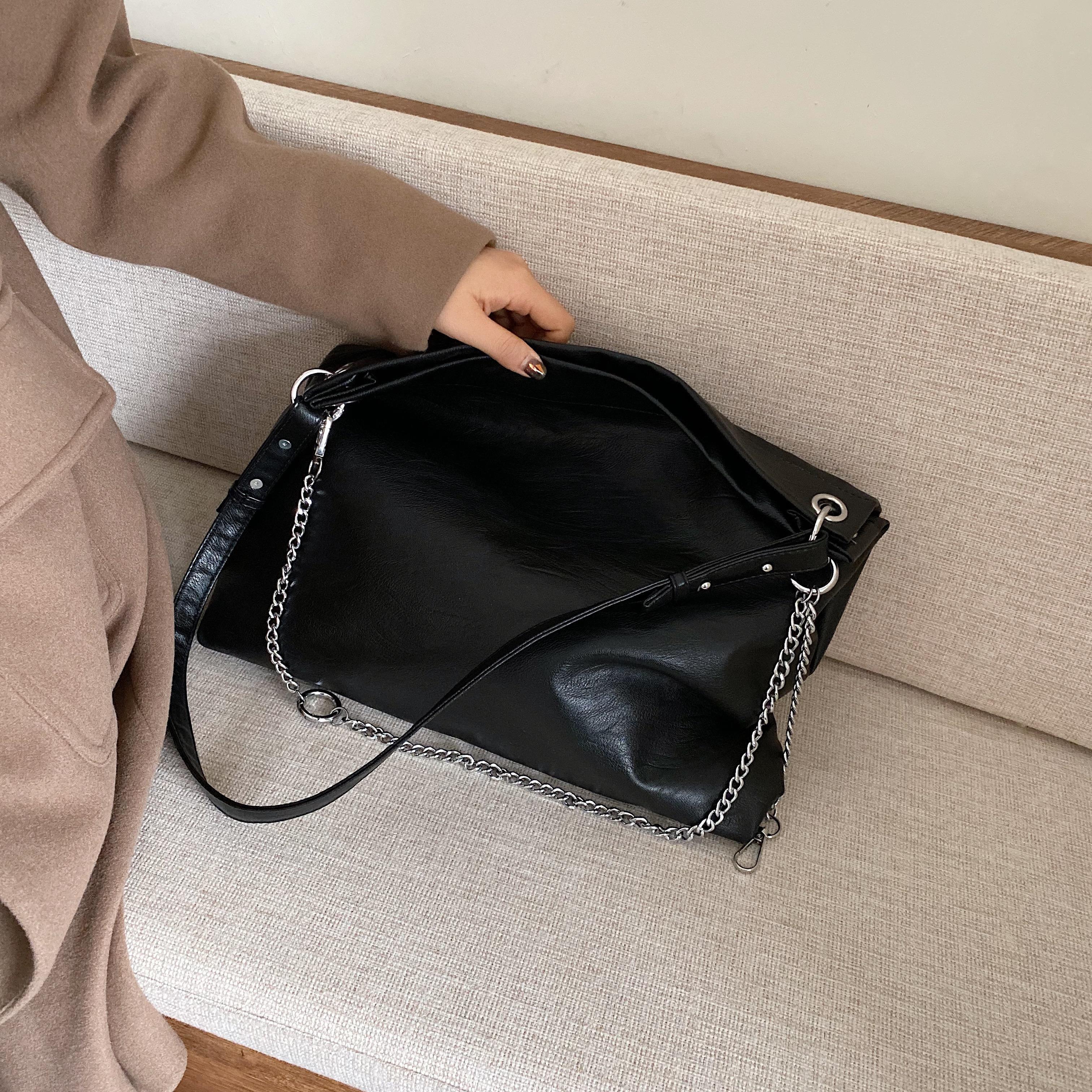 Haute capacité Sac Voyage Femmes Femme pour Bandoulière 2020 PU Sacs à main à l'épaule PU Sacs en cuir et chaîne Messenger Winter Pursards Mujhl