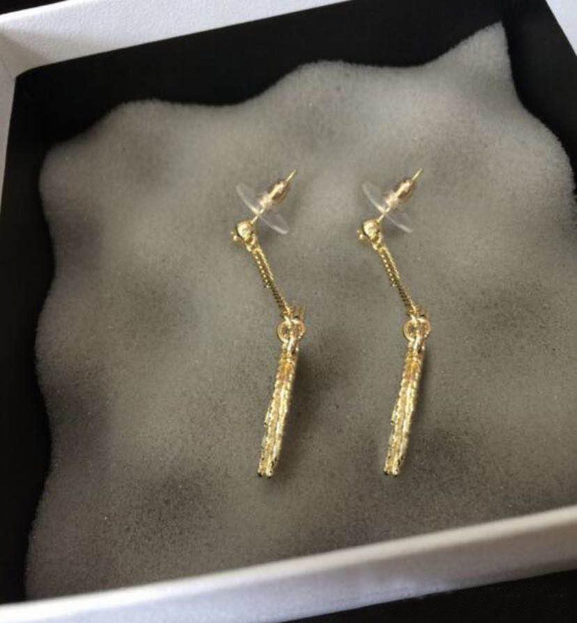 Ont cerceau mode timbre double diamant boucles d'oreilles en or pour les femmes Arêtes orecchini fête les amateurs de mariage de fiançailles bijoux cadeau avec boîte HB6901