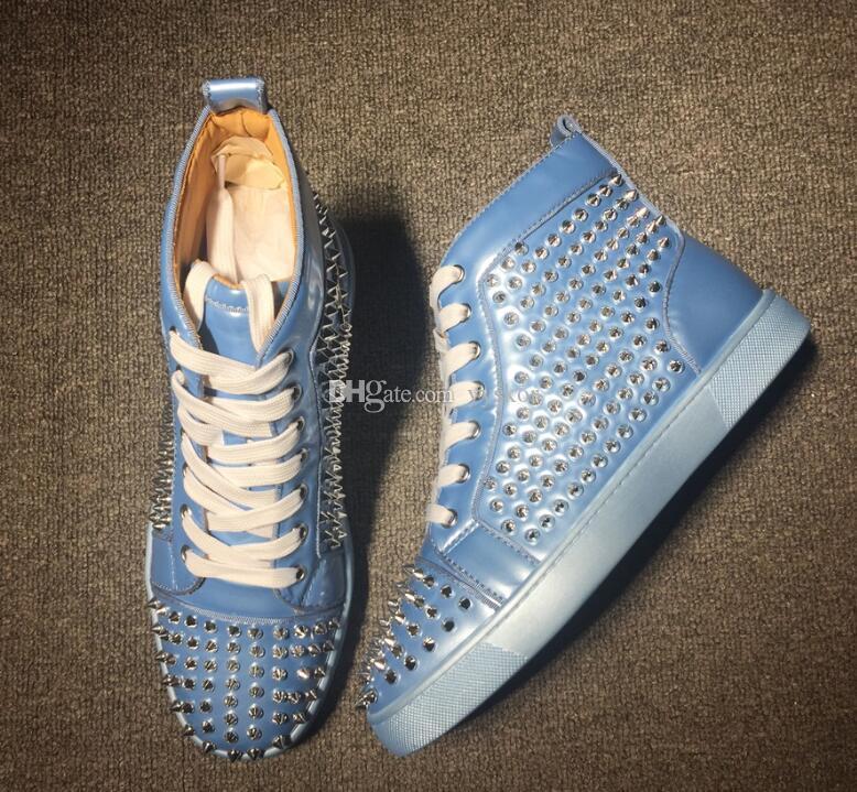 Luxuriöse Männer High Top Sneakers Rote Sohle Schuhe mit Spikes Sneaker, Sky Blue Leder mit Sliver Studs gehendes Kleid Partei beiläufig Flat35-46