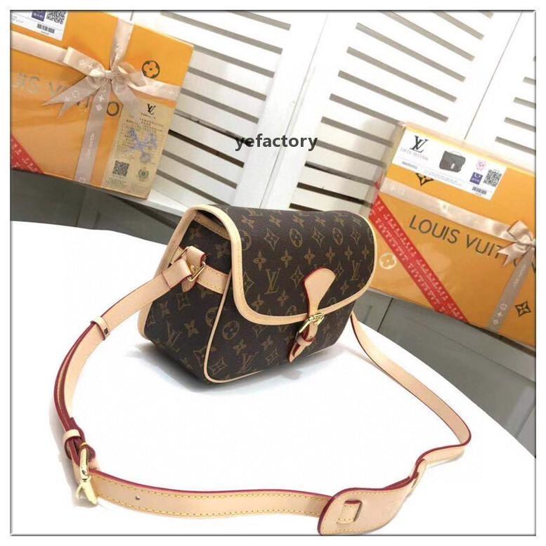 luxeconcepteur Y330A0502 marque Livraison gratuite sacs à main sacs à main de luxe design chaîne de style européen et américain petit sac carré PU