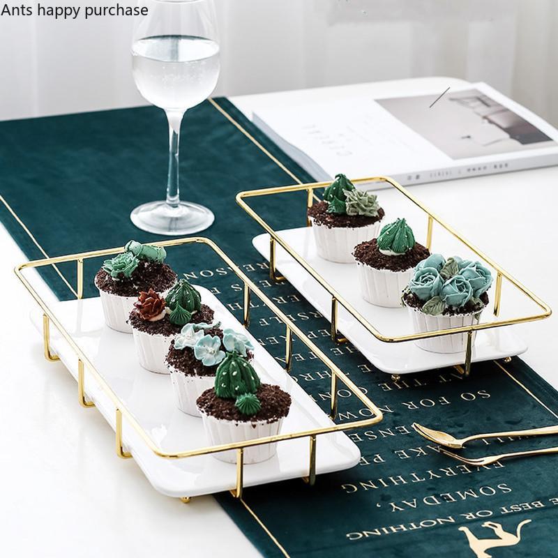Ferro Battuto mensola bianca Ceramica rettangolare Vassoio dessert torta piatto Sushi Plate Cosmetic Storage Box banchetti Display Stand