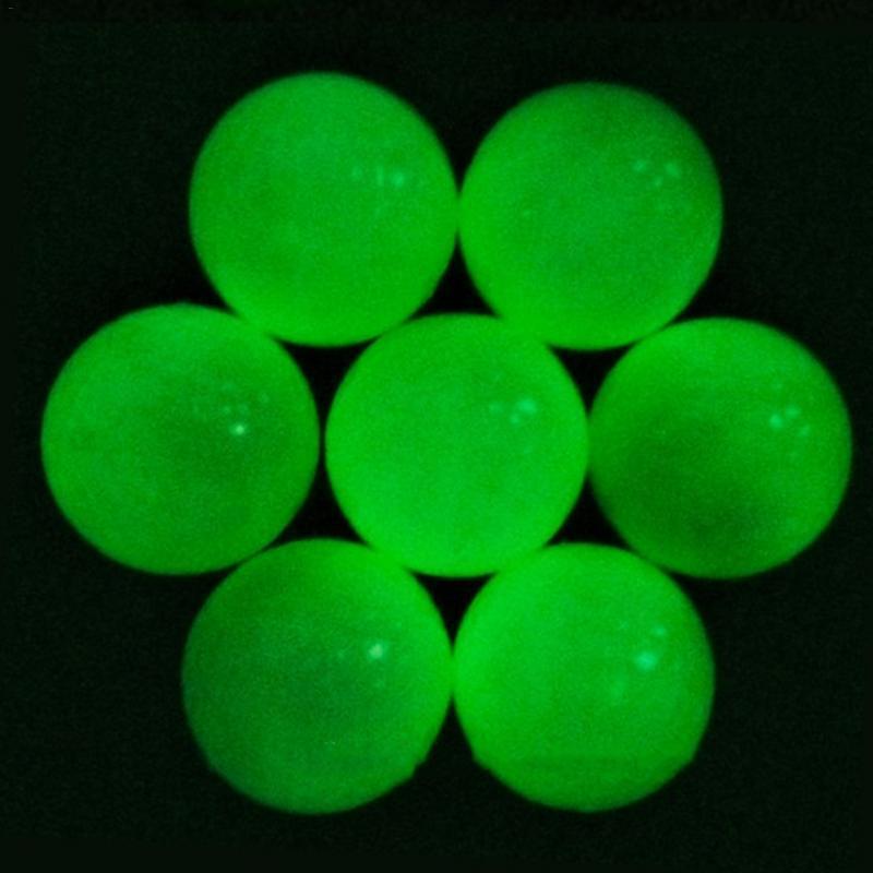 Iluminación intermitente Luz Brillante Fluorescencia Golf Fluorescente Noche Bolas de doble capa Venta al por mayor