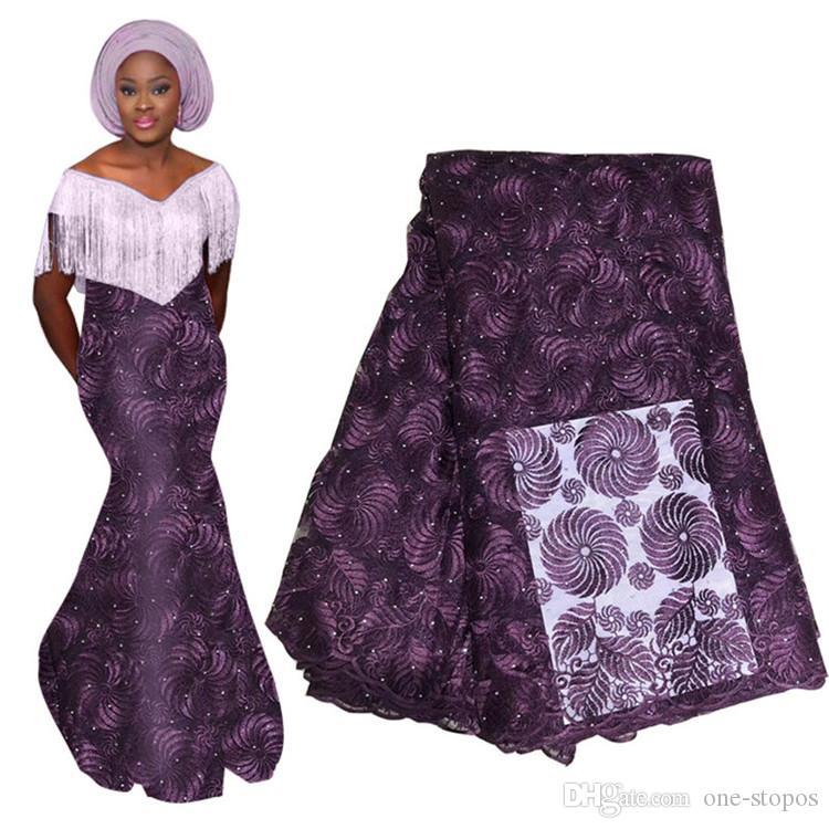 Mais novo Flores Tecido de Renda Para A Nigéria Africano Vestido de Noiva Vestidos de Festa À Noite 3D Rendas Flora Apliques Material Com Frisado 715-6