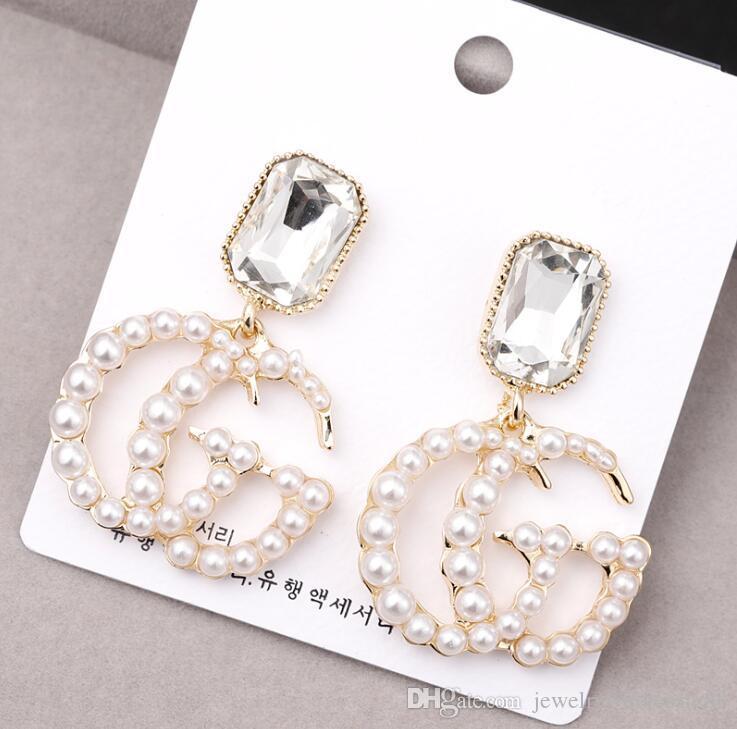 2019 NEUE Frauen Mode Luxus Ohrringe Mit Perle Brief Anhänger Baumeln Kronleuchter Ohrringe Designer Schmuck