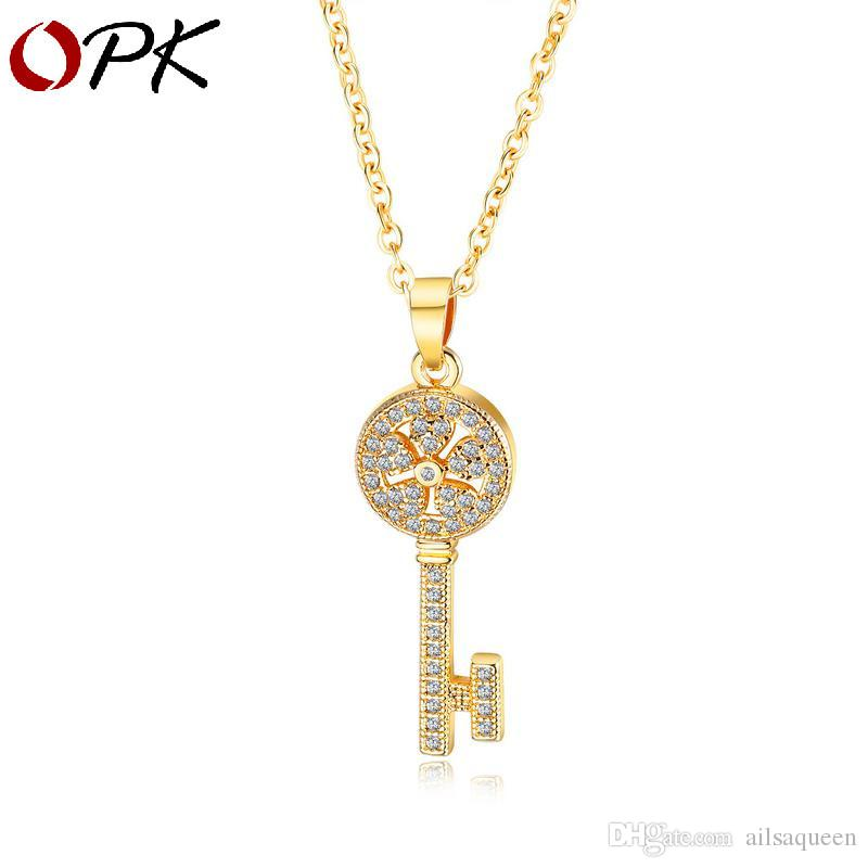 Designer Creative Key Necklace Fashion Micro Set Diamond Clavicle Chain Female Trend Hundred Matching Pendant Western style