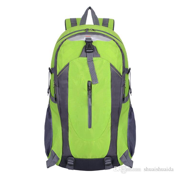 2019 Outdoors packs Backpack Fashion knapsack Computer package Big Canvas Handbag Travel bag Sport&Outdoor Packs Laptop bag camouflage A033