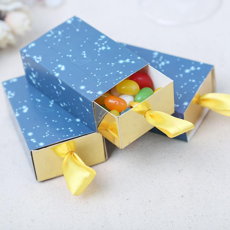 Kağıt Malzeme Derin Mavi Renk Drean Stil Düğün Bebek Doğum Günü Partisi Şeker Kutusu