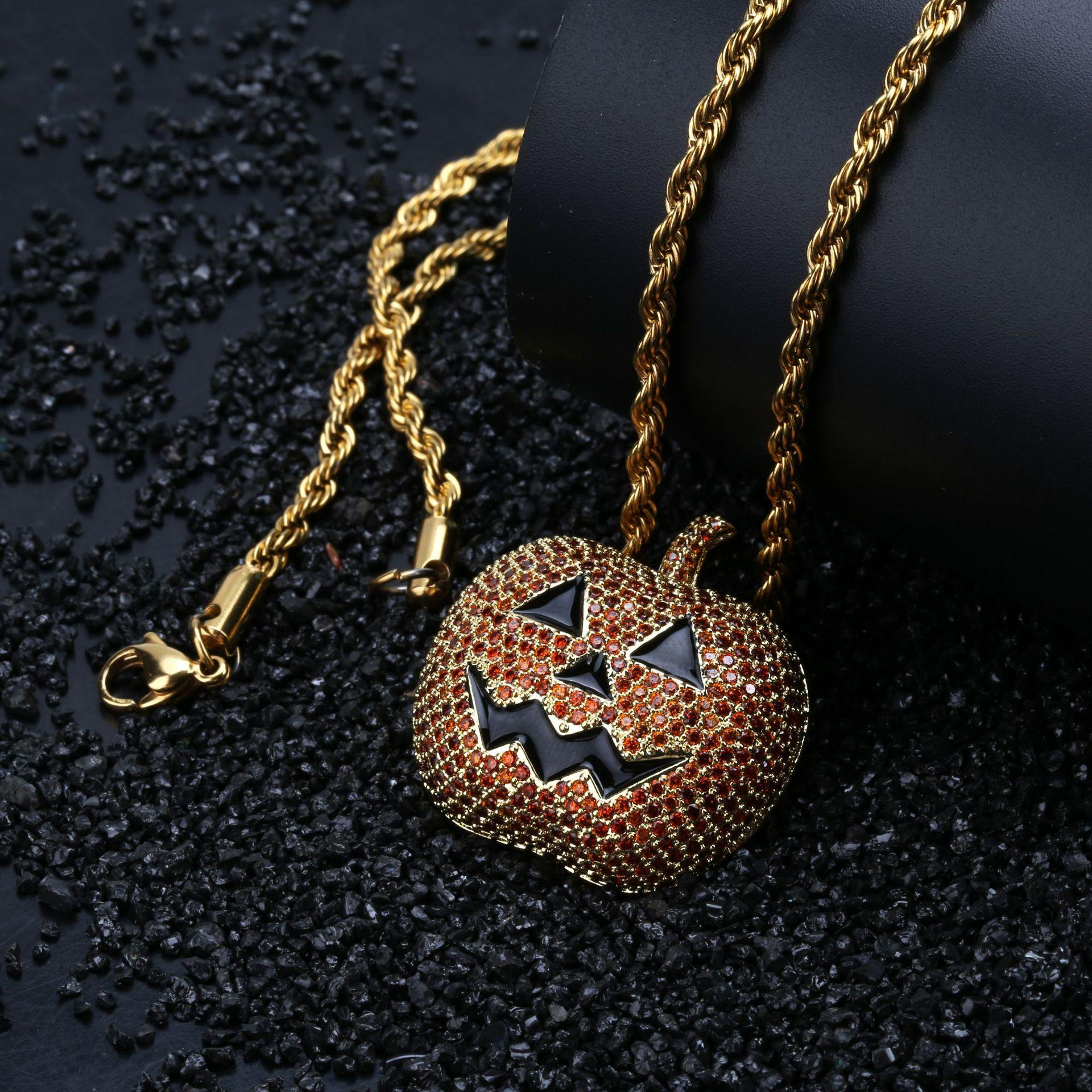 New Fashion 18K Gold Plated Halloween Jack O Lantern Pendant Necklace Twist Chain Iced Out CZ Zirconia Hip Hop Cosplay Party Jewelry Gifts