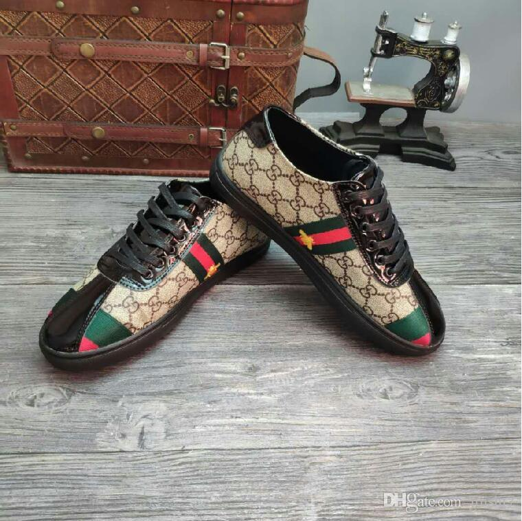 YENI Yüksek Kalite Moda Erkekler Yüksek Üst İngiliz Tarzı Rrivet Nedensel Lüks Ayakkabı Erkekler Kırmızı Altın Siyah Alt Ayakkabı ...