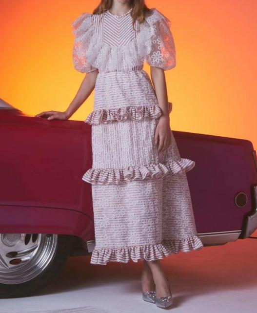 Hohe Qualität Promi-Partei-Kleid Elegante Mode-Weinlese-Rosa-Schwarz-O-Ansatz reizvolle Kleider Langer