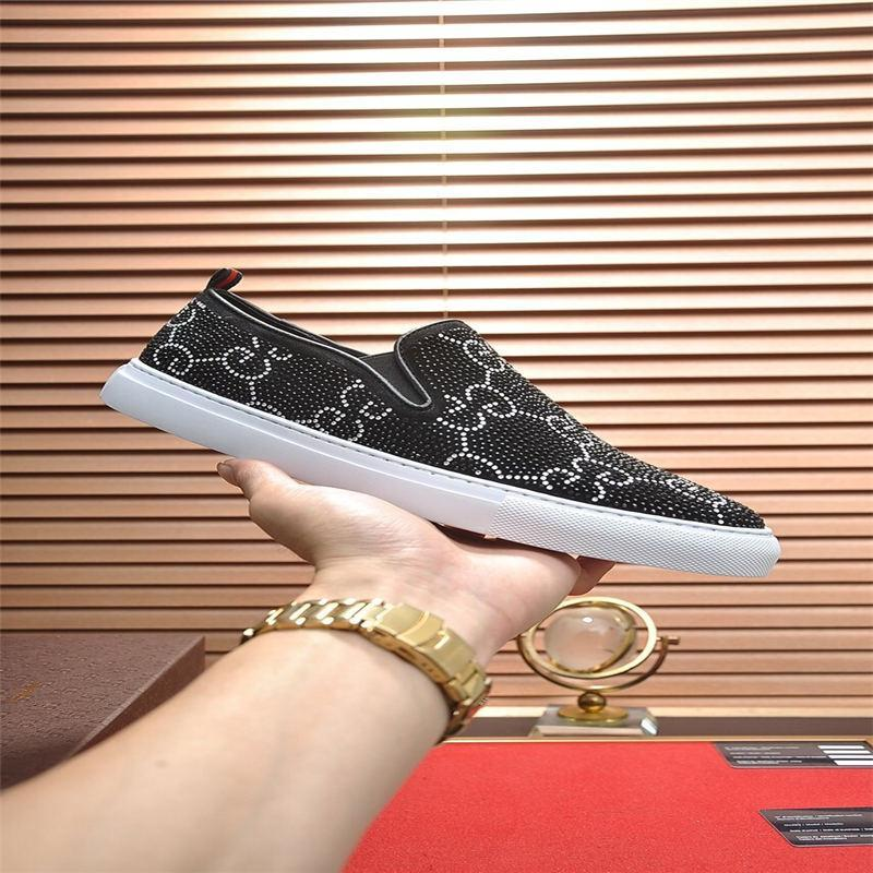 2020 new 18ss new men's casual wild leather Peas shoes British handmade breathable wear leather trend driving shoes