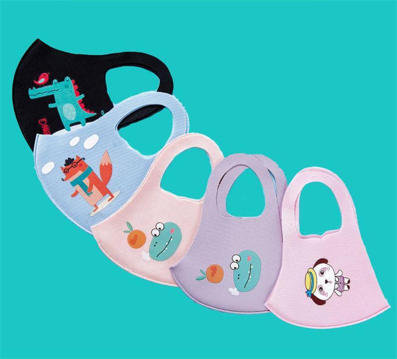 أقنعة قناع الوجه الساخنة PM2.5 الأطفال مكافحة التلوث قناع بنين بنات كارتون الفم أقنعة الاطفال مكافحة الغبار تنفس حلقة الأذن القطن