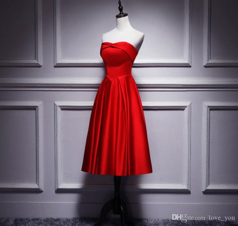 새로운 도착 탄력있는 새틴 연인 Strapless 신부 들러리 드레스 차 길이 주름 웨딩 게스트 드레스 아가터 파티 가운
