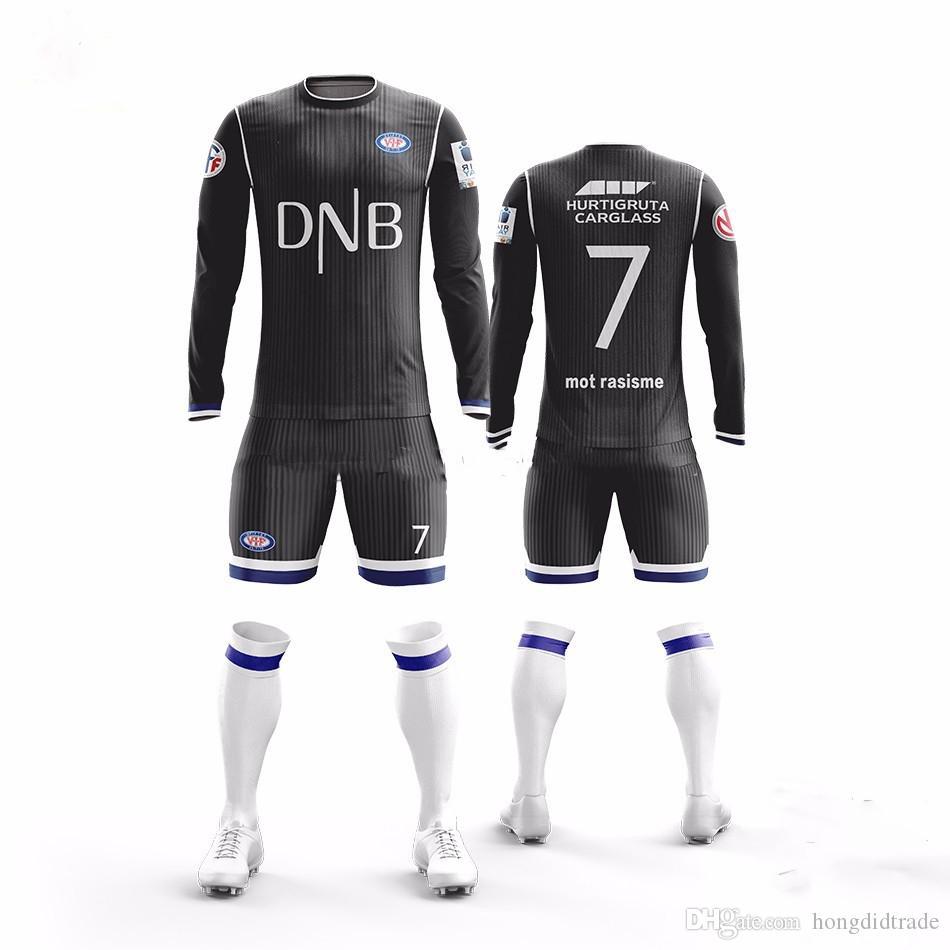 Su misura palla abiti senza maniche in uniforme di calcio traspirante poliestere tessuto jersey uomini adulti di calcio uniformi.