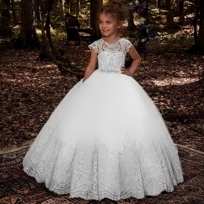 2020 lovey sainte dentelle princesse fleur fille robe robe de boule Premières robes de communion pour filles sans manches tulle tobéant robes de pageant