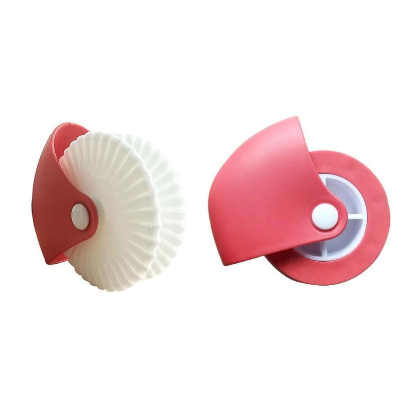 Creative Kitchen Pastry Cutter Rolling Wheel Decor Manual Noodle Knife DIY Pizza Cake Cutters Kitchen Tools