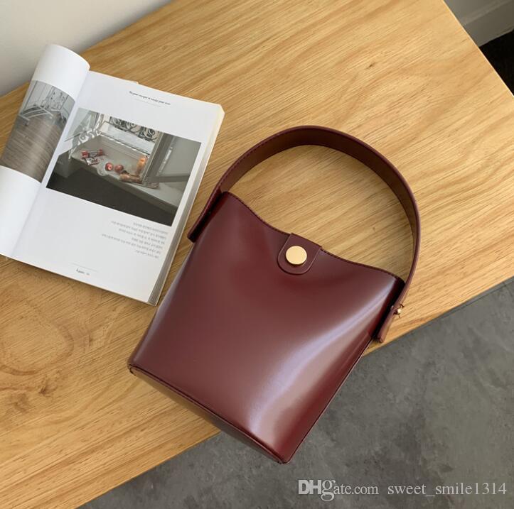 2020 neue Top-Qualität Designer-Handtaschen-Mappen-Hand Frauen Handtaschen Umhängetasche Tasche Umhängetasche mit Fransen Messenger Bags Purse 16