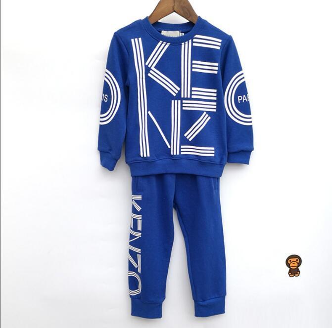 SıCAK SATMAK moda klasik Stil Çocuk giyim Için Erkek Ve Kız klasik Spor Takım Elbise Bebek Bebek Kısa Kollu Giysi Çocuklar Set 1-8 T Ag