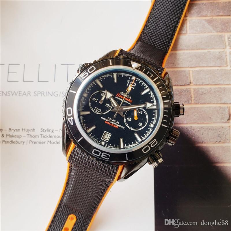 Fashio de lujo diseño especial para hombres dial de cuarzo movimiento cronógrafo correa de caucho deportes para hombres reloj impermeable Relogio masculino