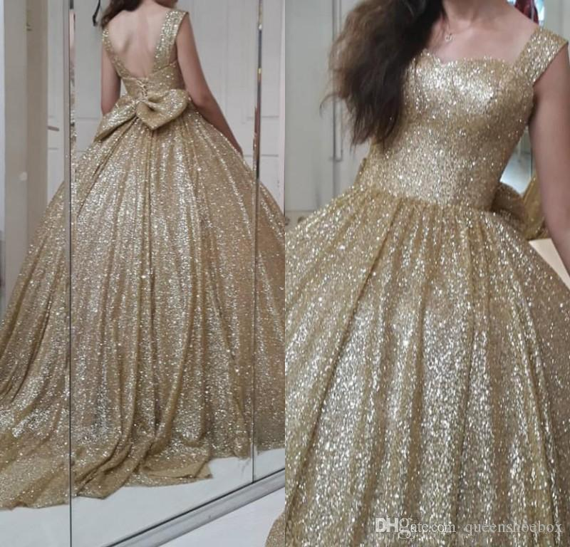 Bling Sparkly Champagne Sequined Prom Dresses 2019 With Cute Bow Puffy Ball Gowns Sweetheart Sparkle Prom Gowns Vestido Formatura