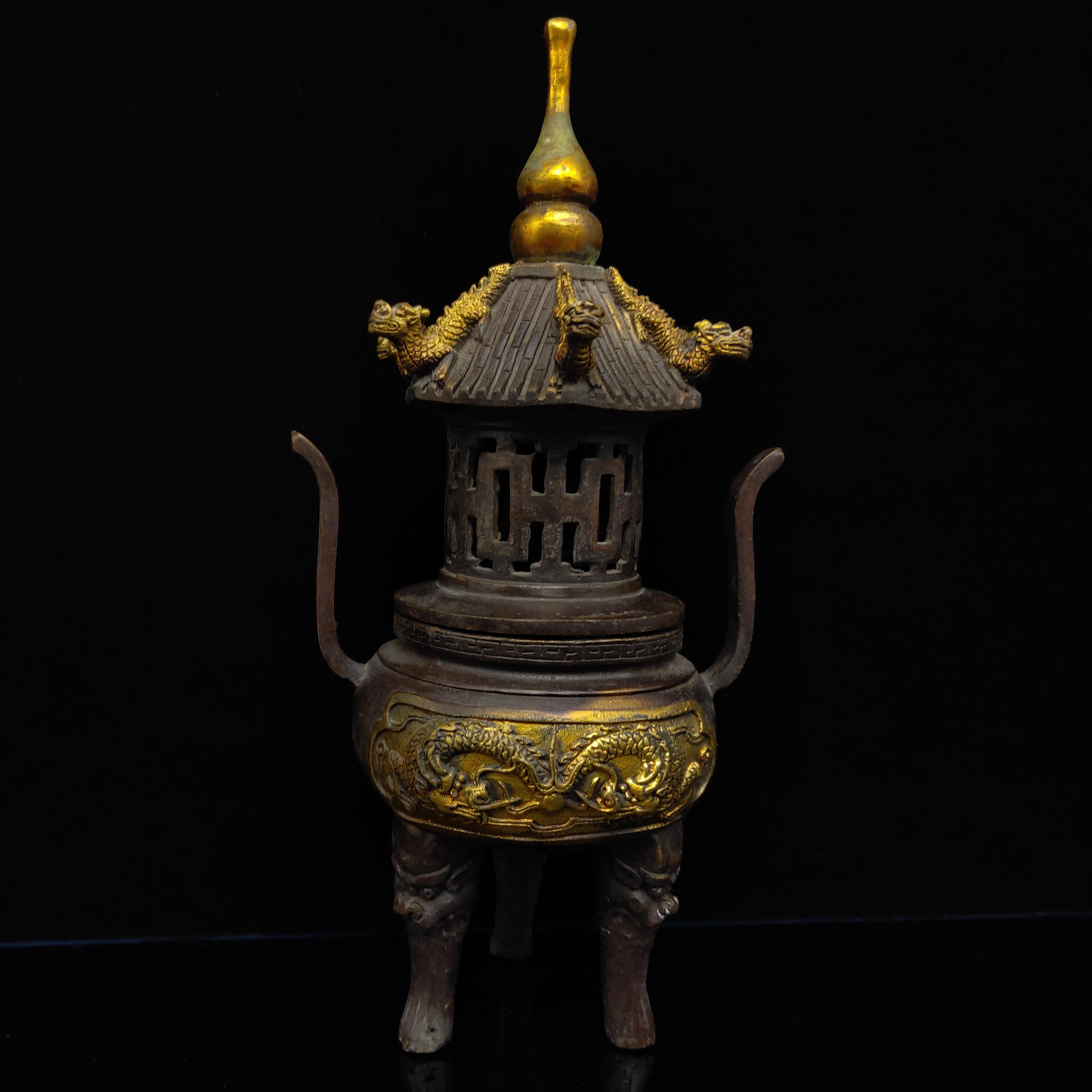 Китайский античный Красный меди с позолотой курильница Цянь длинный Марк Ш HT074