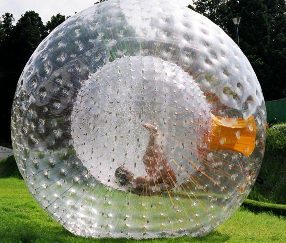 Zorb الكرة نفخ الكرة Zorbing الألعاب الرياضية في الهواء الطلق الكرة الهامستر الإنسان 2.5M PVC / TPU للاختيار