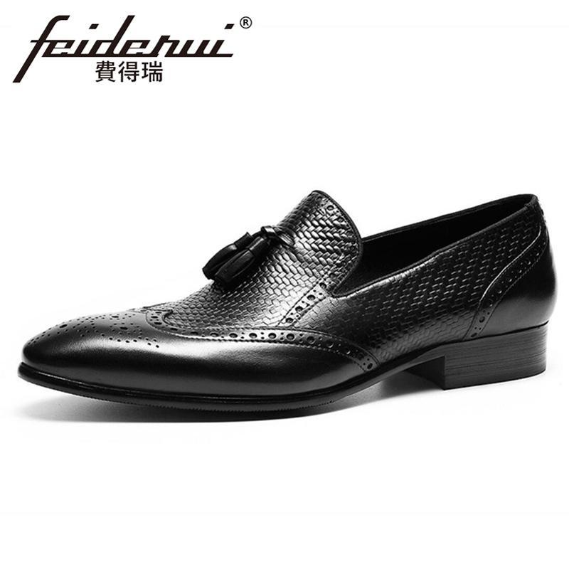 Natural Genuine Leather Herren Quasten Loafers Spitzschuh Slip on Man Welted Wohnungen Formal Dress Wingtip Brogue Schuhe FHS119