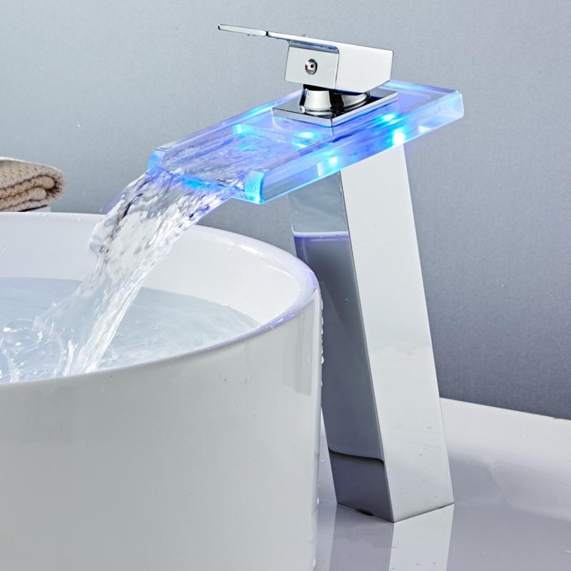 الحديث السامي حمام الشلال الحنفية LED حوض صنبور بالوعة الحنفية نحاس الشلال درجة الحرارة تغيير الألوان الحمام خلاط صنبور