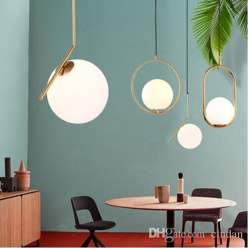 현대 미니 멀리 즘 펜 던 트 라이트 램프 북유럽 천장 의류 장식 유리 공 램프 침실 거실
